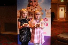 BWW Video: San Antonio, Texas Announces Lulu for WAITRESS