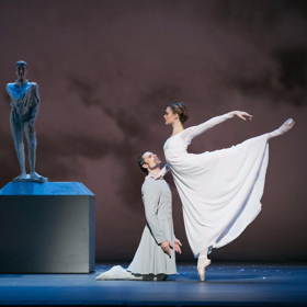 Video: A Dancer's Role: Piotr Stanczyk on THE WINTER'S TALE at The National Ballet of Canada