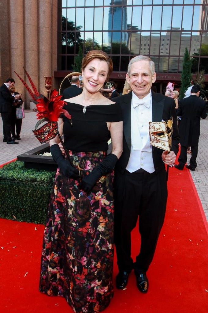 Houston Grand Opera To Celebrate An Evening In Old