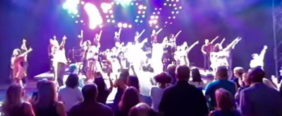 VIDEO: Watch the Touring Cast of ON YOUR FEET Take a Bow in 360 Degrees!