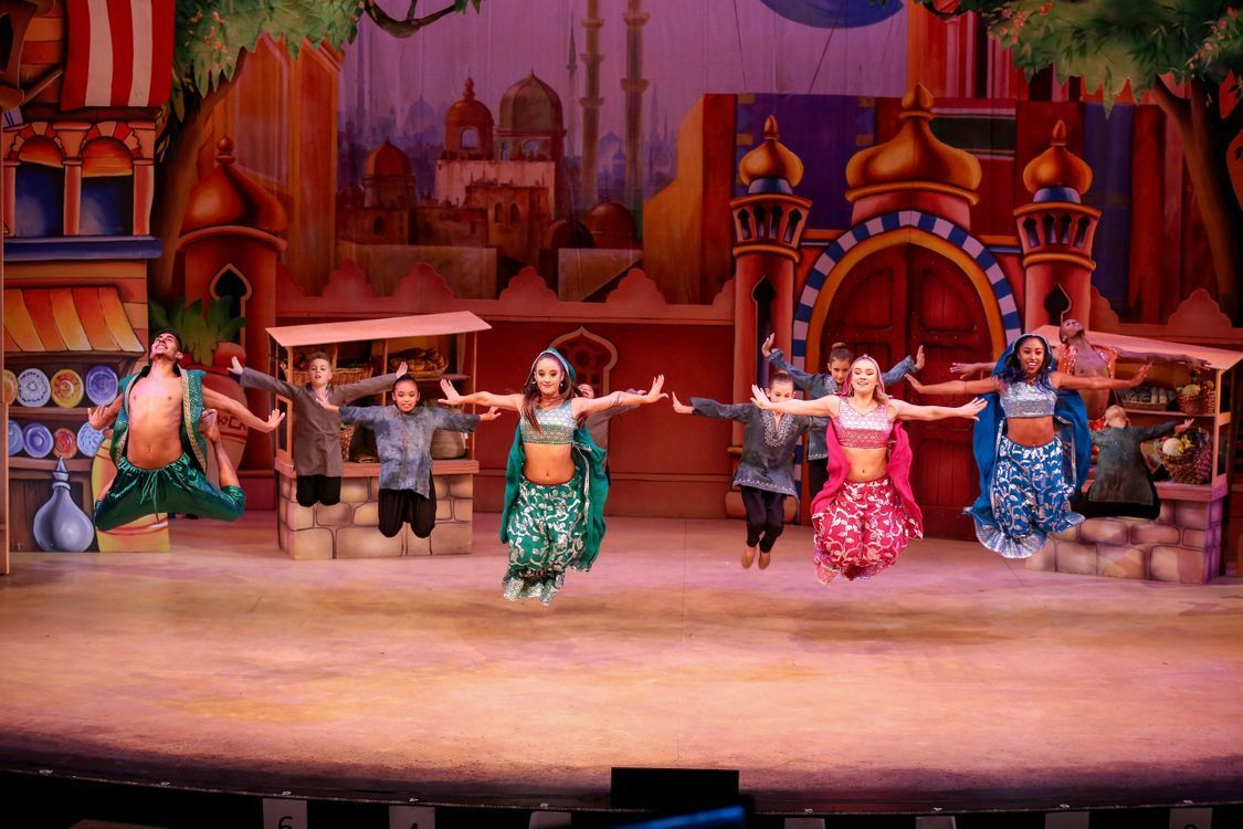BWW Interview: Producer Kris Lythgoe Brushes Up on His Southern Colloquialisms for ALADDIN AND HIS WINTER WISH