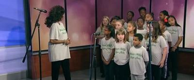 VIDEO: Broadway Veteran Lynnie Godfrey Performs With Children's Chorus