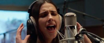 VIDEO: Naomi Scott Sings 'Speechless' in ALADDIN Music Video
