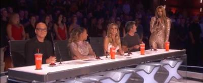 VIDEO: Simon Cowell Pranks Tyra Banks On This Week's AMERICA'S GOT TALENT