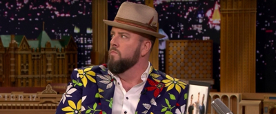 VIDEO: Chris Sullivan Keeps Trying to Slip the Phrase 'This Is Us' into the Show