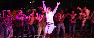 BWW TV: Jonathan Groff, Caissie Levy & More Let the Sun Shine in Again at 50th Anniversary of HAIR- Watch Highlights!