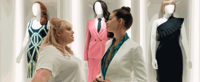 VIDEO: Anne Hathaway and Rebel Wilson Star in the Trailer for THE HUSTLE