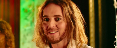 VIDEO: Tim Minchin Releases New Song '15 Minutes'