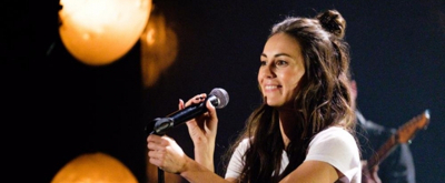 VIDEO: Newcomer Amy Shark Performs 'Adore' on LATE LATE SHOW