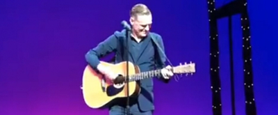 VIDEO: Bryan Adams Hits The Stage At PRETTY WOMAN To Celebrate 300 Performances