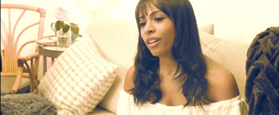 BWW TV: Nicolette Robinson Finds a Soft Place to Land in New WAITRESS Music Video!