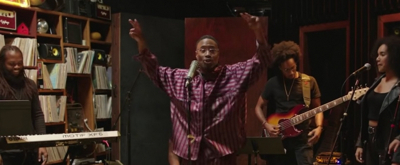 VIDEO: Billy Porter Goes Acoustic in Original Song 'Love The Pain Away'