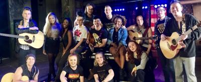 BWW TV: Meet the UK Tour cast of AMERICAN IDIOT