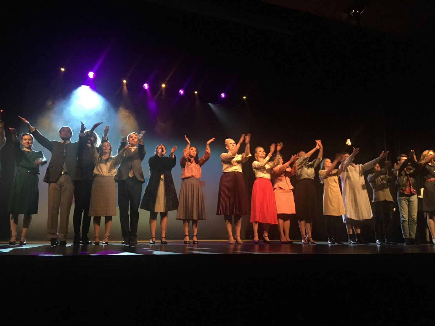 BWW Review: 9 TO 5 THE MUSICAL at Tibble Teater, Täby, Stockholm