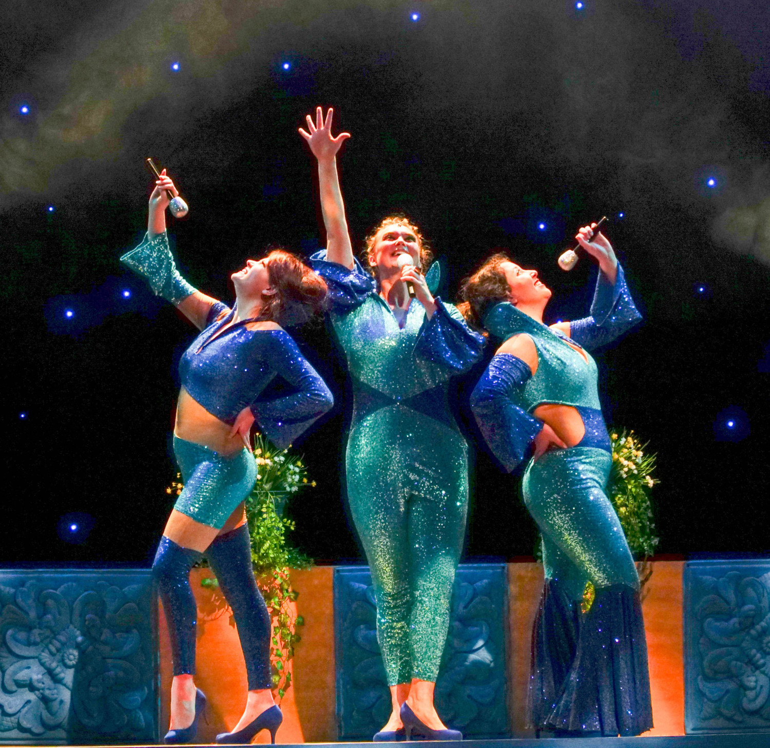BWW Review: MAMMA MIA at The Palace Theater