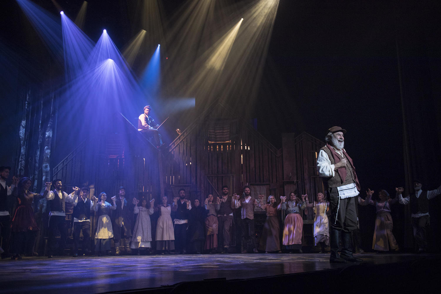 BWW Review: FIDDLER ON THE ROOF at Harbiye Open Air Theatre