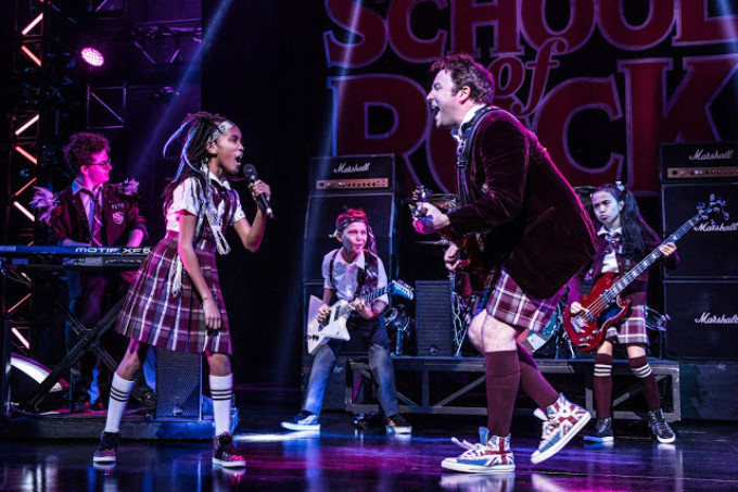 BWW Review: SCHOOL OF ROCK Heats Things Up for Broadway Across America