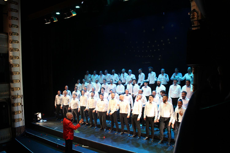 El Coro de Hombres Gays de Madrid presenta AMERICA!