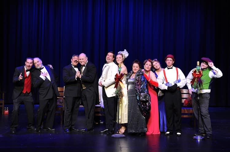 BWW Review: IT'S A WONDERFUL LIFE-A LIVE RADIO PLAY at Wichita Scottish Rite Signature Theatre, 'I Wanna Live Again!'