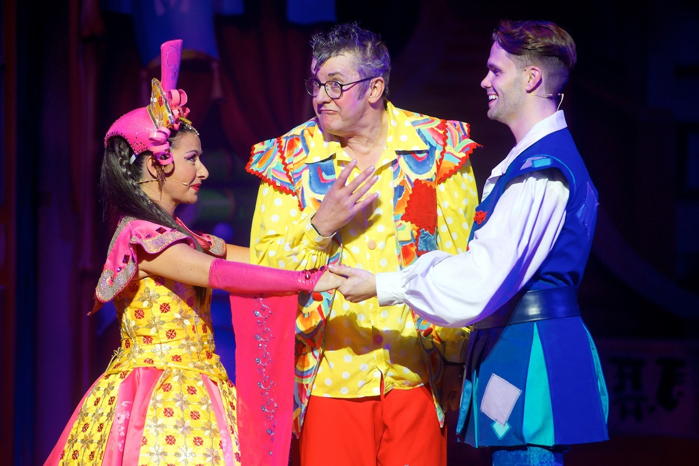 BWW Review: ALADDIN, Bristol Hippodrome