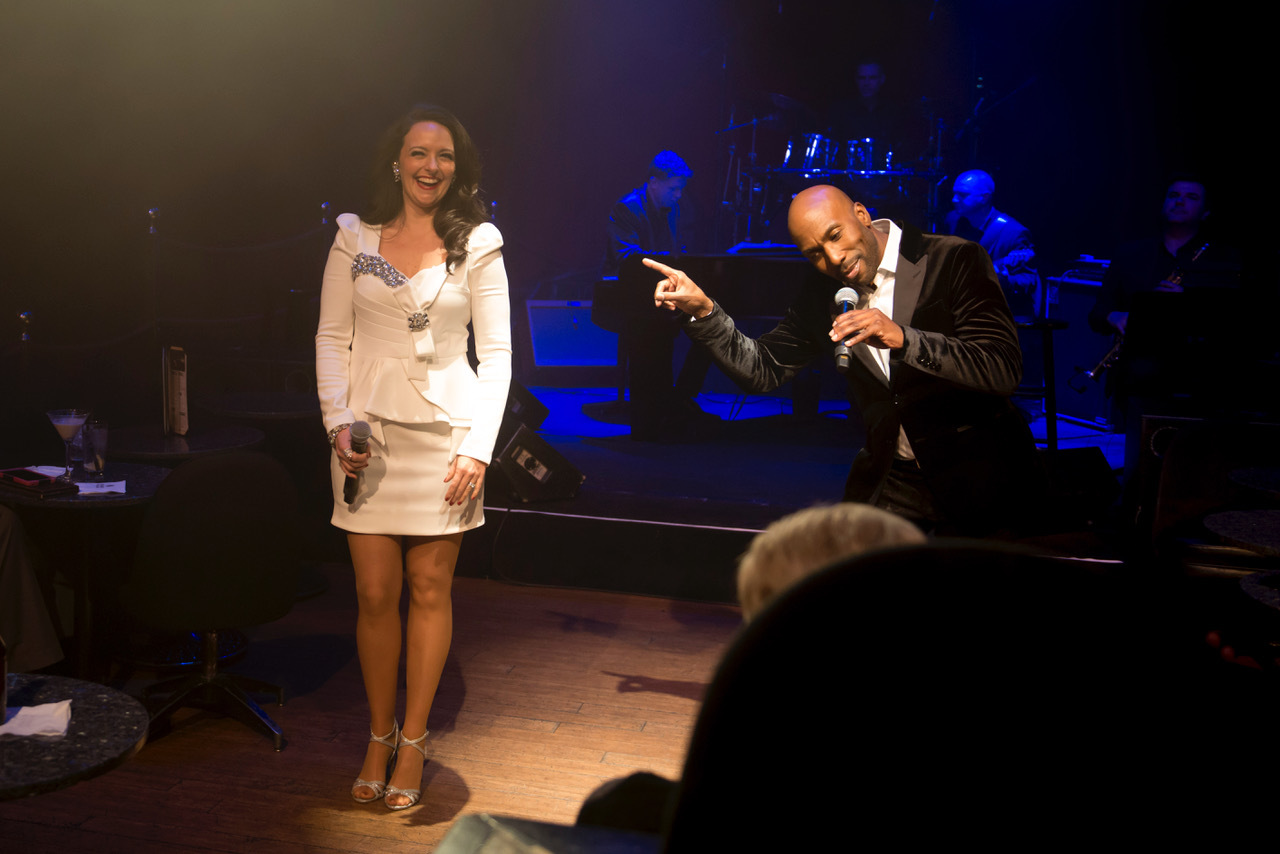 BWW Feature: Travis Cloer is special guest in THE COCKTAIL CABARET at Cleopatra's Barge in Caesars Palace