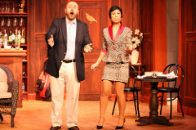 BWW Review: A FOX ON THE FAIRWAY at Elmwood Playhouse