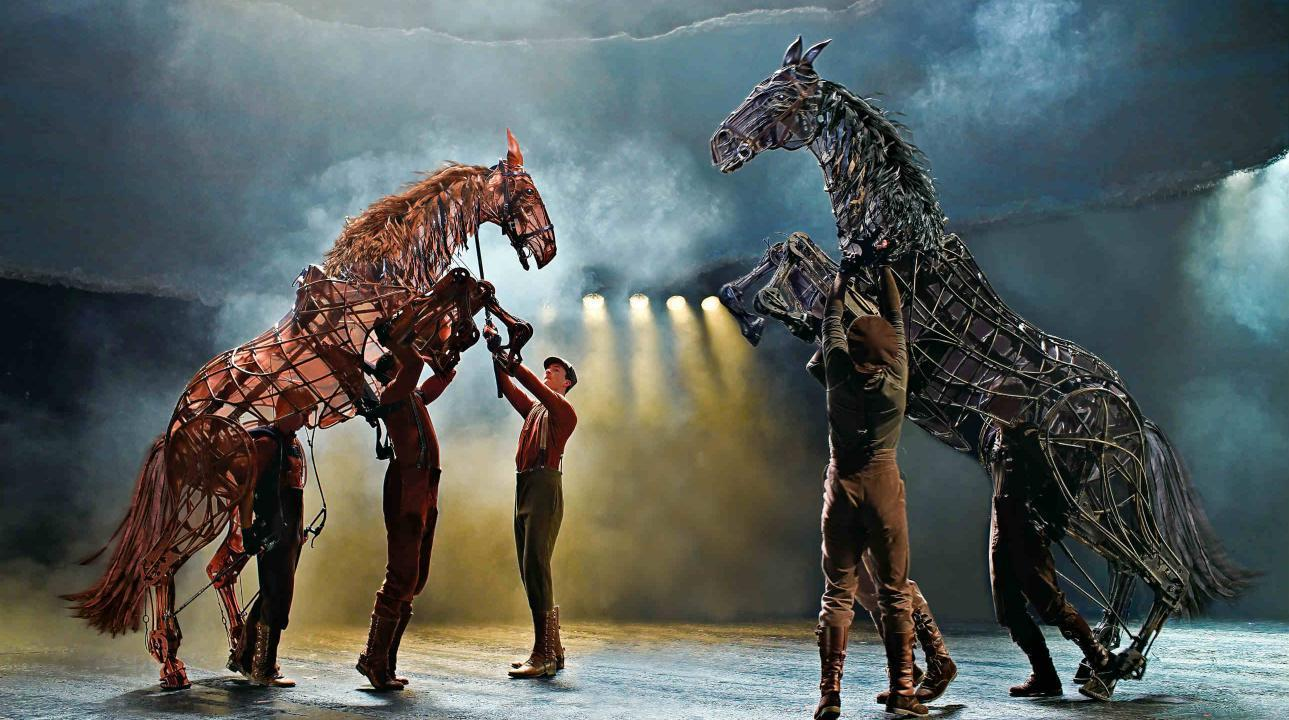 BWW Interview: Puppets, Paddocks & Vets - Special Effects in Theatre