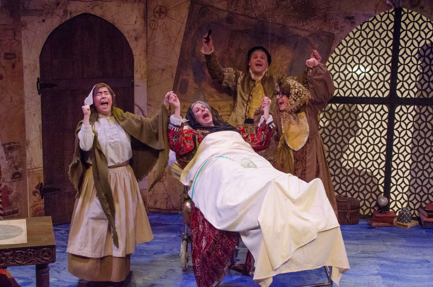 BWW Review: THE HUNCHBACK OF SEVILLE colonizes the Alley at Mildred's Umbrella