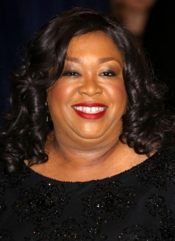 shonda rhimes to helm netflix 39 s anna delvey series. Black Bedroom Furniture Sets. Home Design Ideas