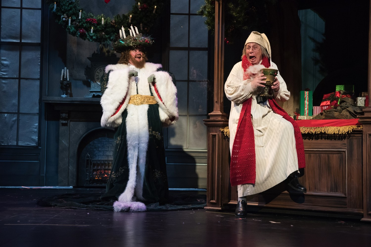 BWW Review: A CHRISTMAS CAROL at Omaha Community Playhouse is Unchanging Magic!