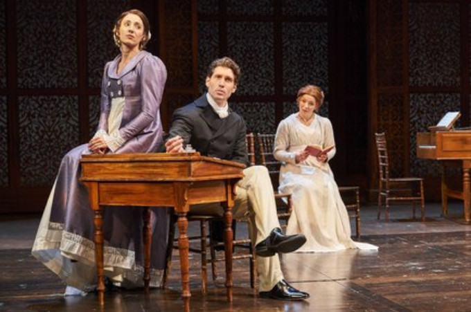 """BWW Review: Beautifully Crafted """"Pride and Prejudice"""" at Great Lakes Theater"""