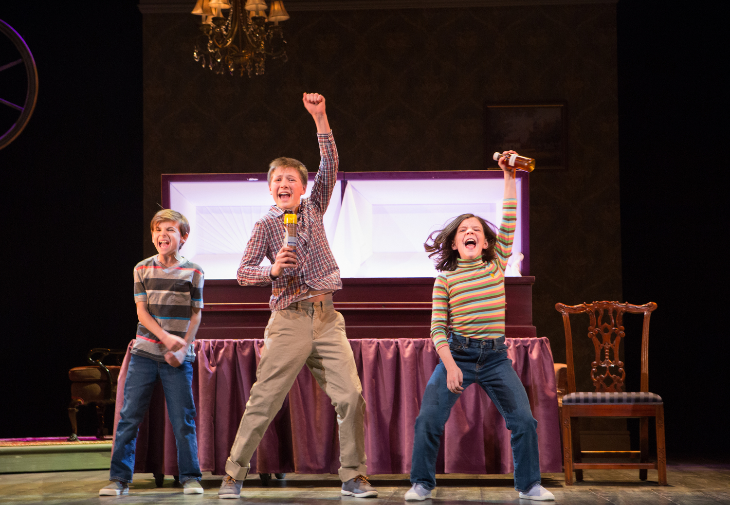 BWW Review: Musical Stage Company's FUN HOME is a Little Show with a lot of Heart