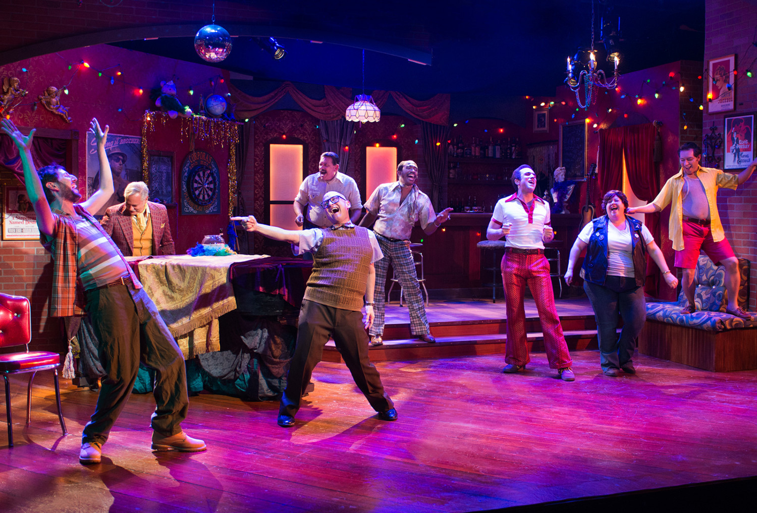 BWW Review: THE VIEW UPSTAIRS at New Conservatory Theatre Center Follows A Time-Travelling Millennial Back To The Historic Upstairs Lounge In 1973