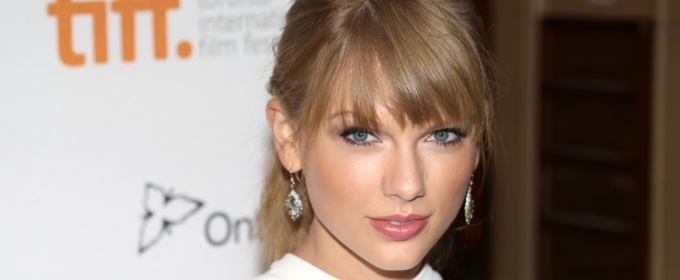 Taylor Swift Breaks AMAs Record - See the Full List of Winners Here