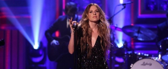 VIDEO: Caitlyn Smith Performs 'Contact High' on TONIGHT SHOW