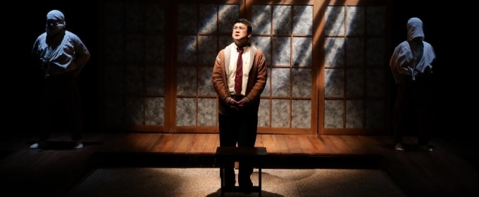 BWW Review: HOLD THESE TRUTHS: Past is Prologue