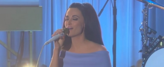 VIDEO: Kacey Musgraves Performs 'Velvet Elvis' on THE LATE LATE SHOW