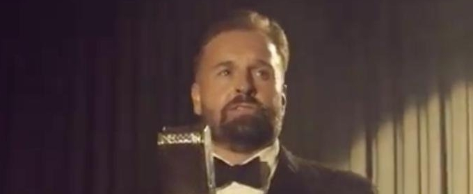 Watch Alfie Boe Perform a Medley of Songs From His Upcoming Album 'As Time Goes By'