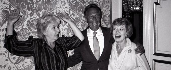 Photo Flashback: Maureen Stapleton, Christopher Plummer and Glynis Johns Pose in 1982