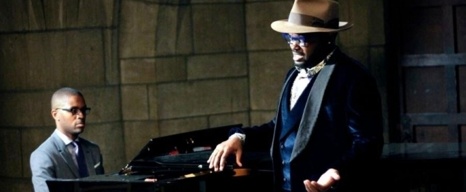BWW Review: Going Down Under with JOHN HOLIDAY in the Crypt