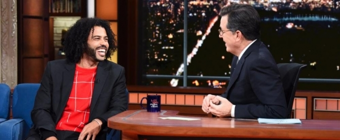 VIDEO: HAMILTON Alum Daveed Diggs Is Too Out of Shape for a Rap Battle