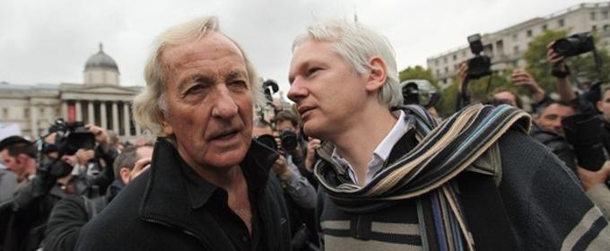 Director John Pilger Defends Julian Assange On Tom Needham's THE SOUNDS OF FILM