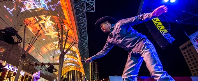 Photo Flash: Country Music Sensations Perform During DOWNTOWN HOEDOWN at Fremont Street Experience