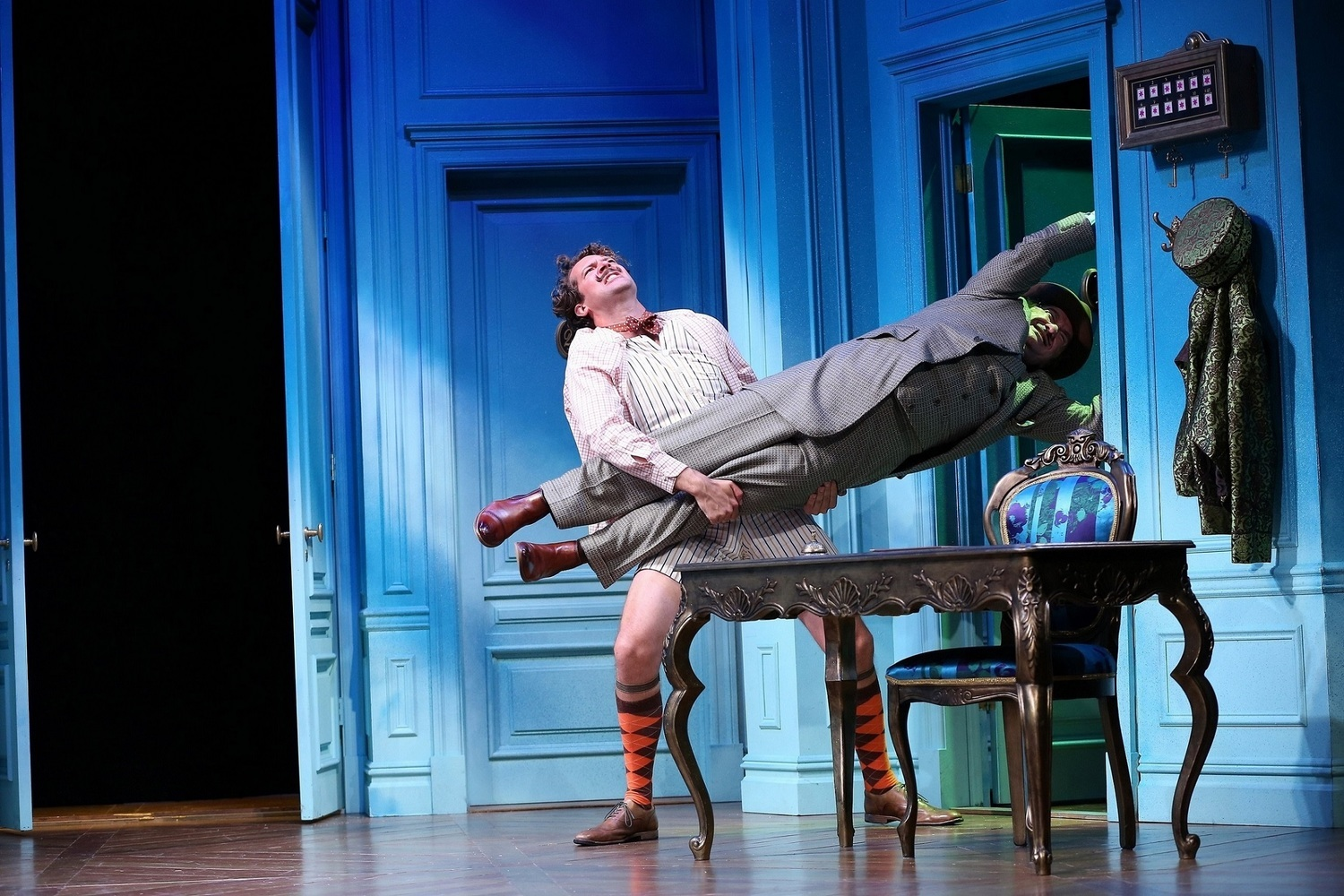 BWW Review: A FLEA IN HER EAR at Westport Country Playhouse
