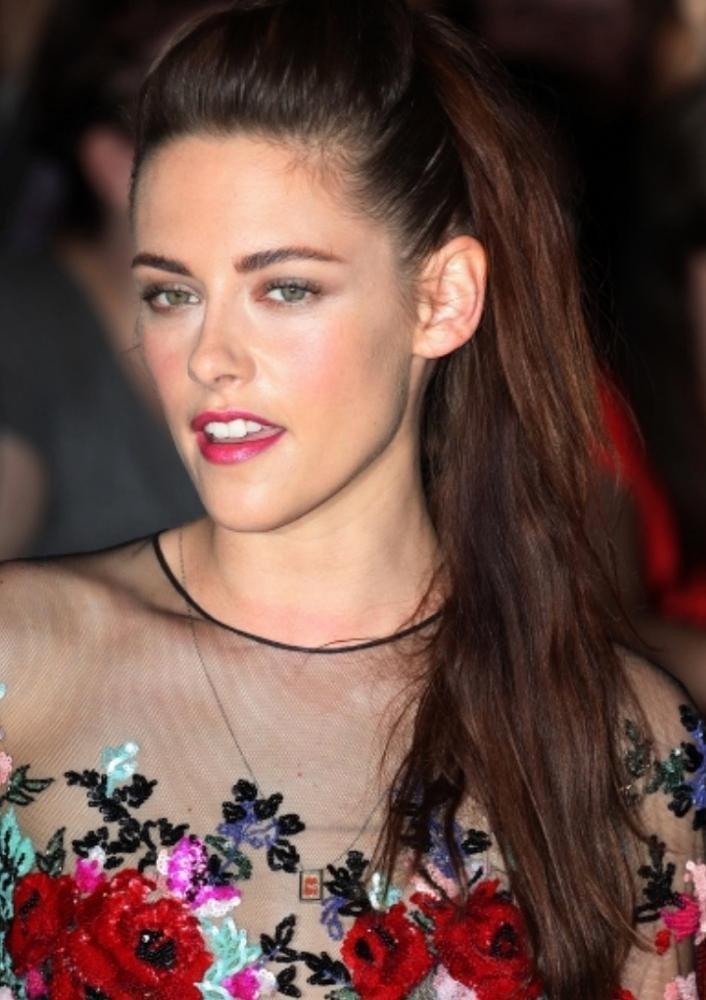 Naomi Scott  Ella Balinska Join Kristen Stewart For -9812