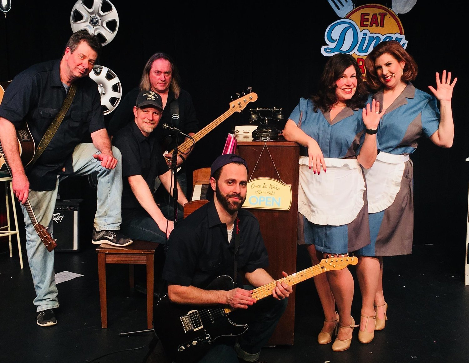 BWW Review: PUMP BOYS AND DINETTES at Connecticut Cabaret Theatre