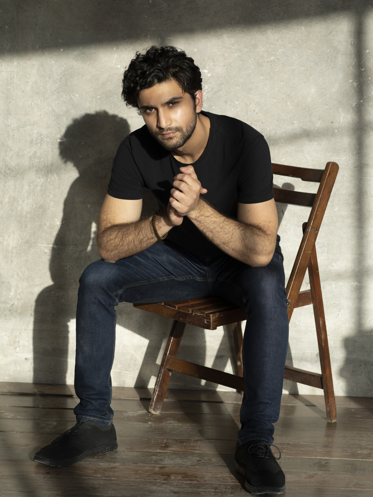 BWW Interview: Home-Grown Success Ahad Raza Mir Opens Up About Playing Hamlet