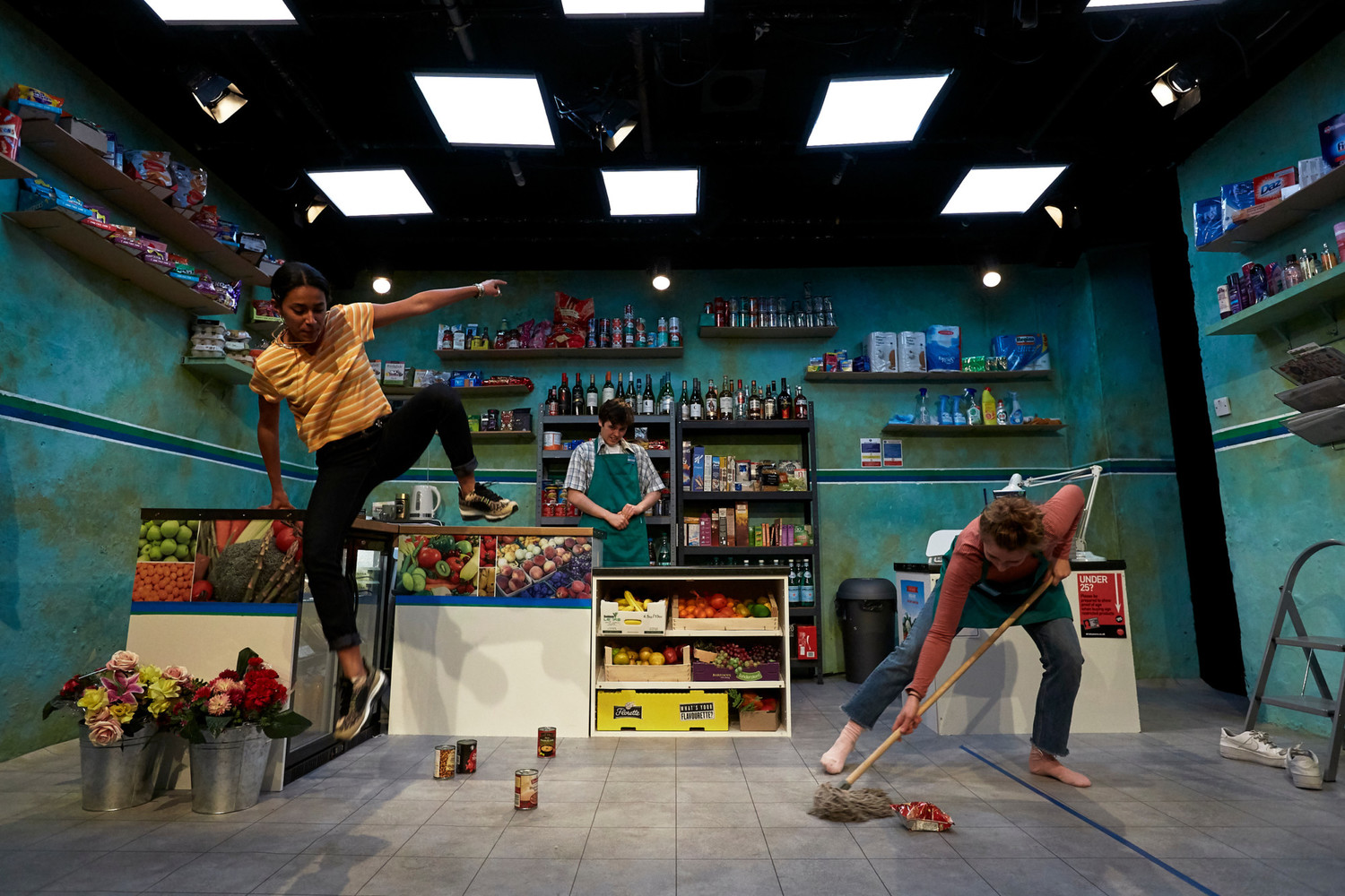 BWW Review: THE AMBER TRAP, Theatre503