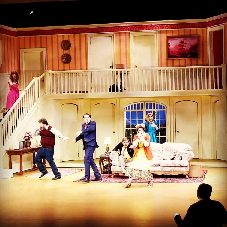 BWW Review: NOISES OFF! at Mesa Community College