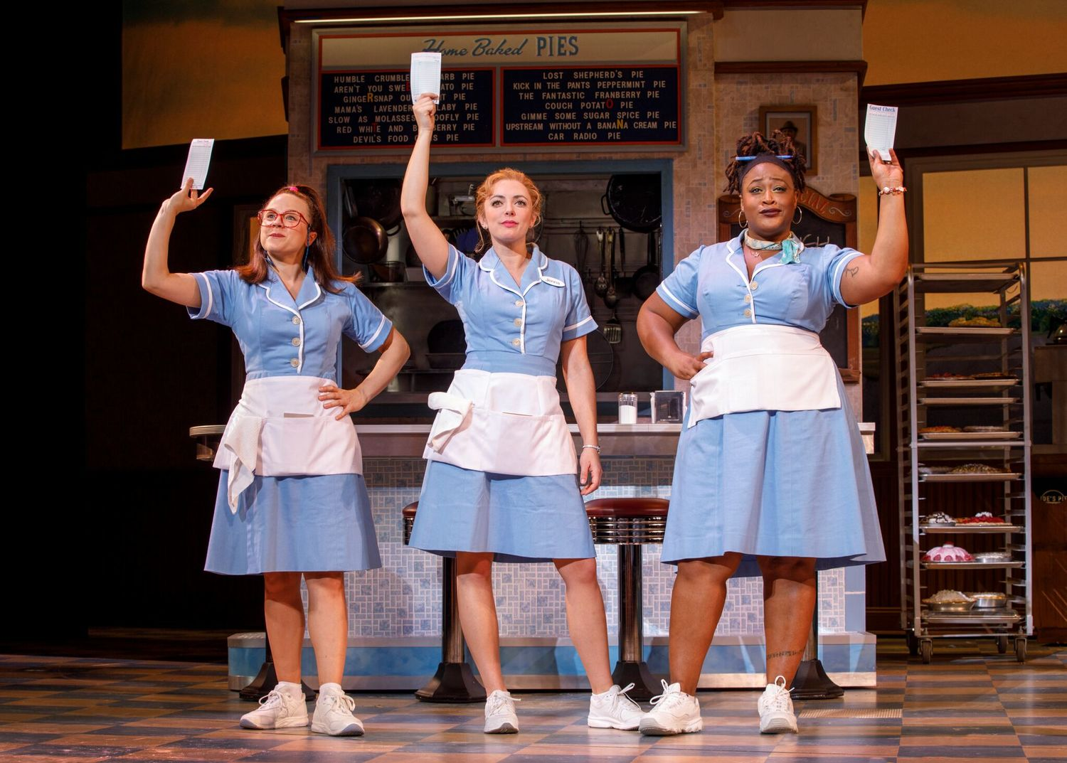 BWW Review: WAITRESS at Music Hall At Fair Park